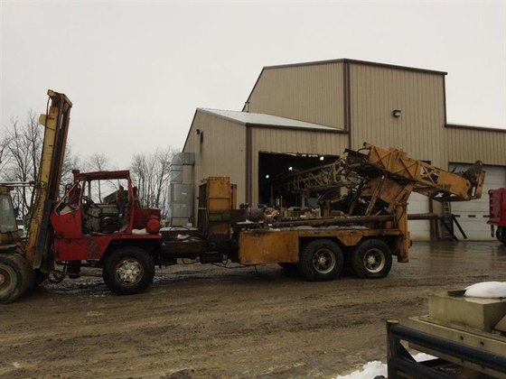 Chicago Pneumatic 650SS Drill Rig