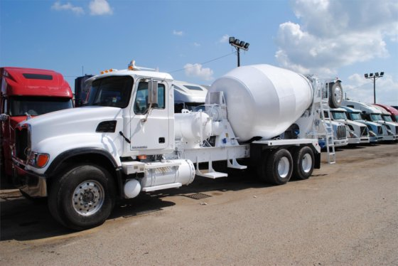 2005 MACK GRANITE CV513 in Covington, TN, USA
