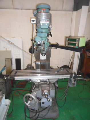 BRIDGEPORT Vertical Knee Mill, Series