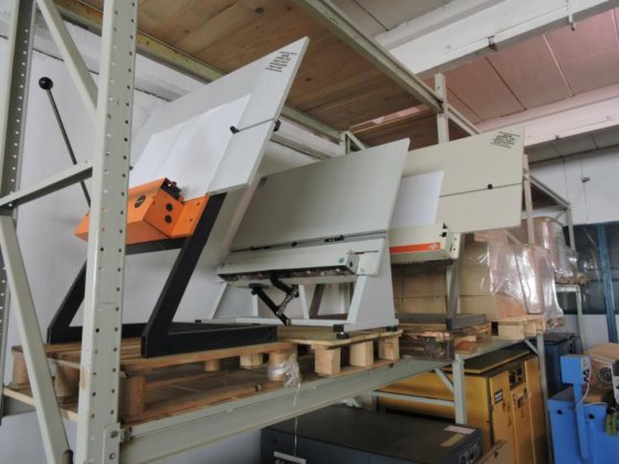 Bacher plate punch (Unkn.) in