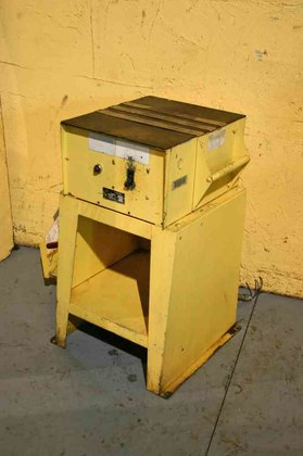 ELECTRO MATIC A-17P-4 DEMAGNETIZER in