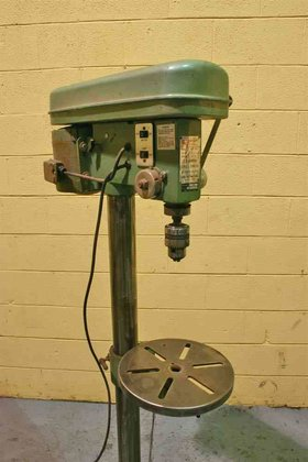SINGLE SPINDLE DRILL in Holland,