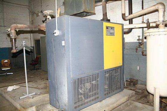MONSANTO PERMAE MDL 2400HSCA4000 REFRIGERATE