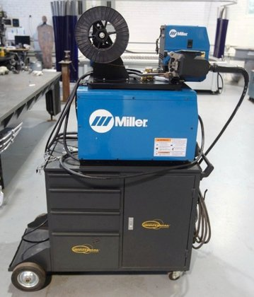 MILLER INVISION 456_60M WIRE FEEDER