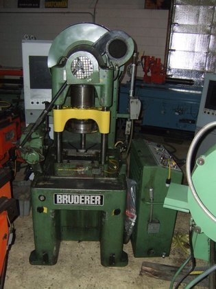 bsta 30 bruderer 30 ton air clutch punch press in minneapolis mn usa rh machinio com Bsta Shoe Show Manchester Bsta Shoe Show Manchester