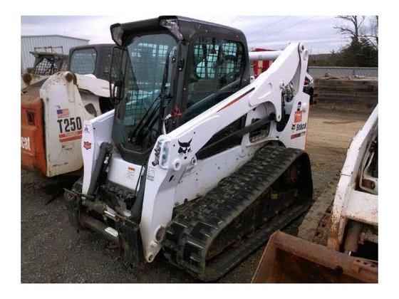 2014 Bobcat T770 Skid-Steer Loader
