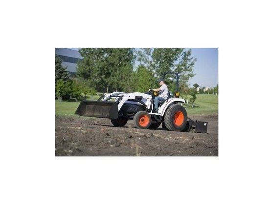 2010 Bobcat CT335 Tractor in
