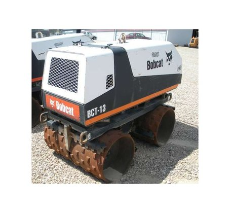 2004 Bobcat BCT13 Compactor in