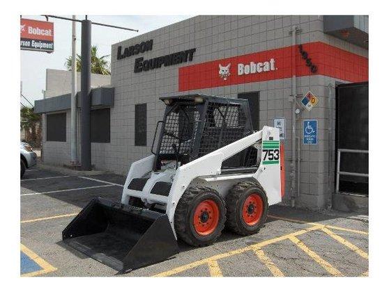 Bobcat 753 Skid-Steer Loader in
