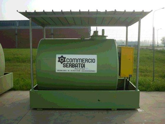 Usata Cisterna Gasolio Serbatoio Gasolio 3000 Litri In Bologna Italia