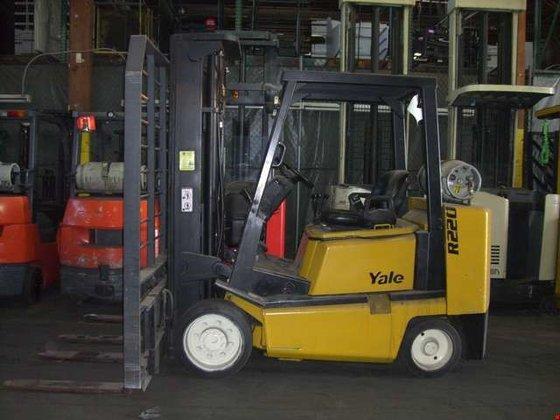 2001 Yale GLC080LGNGAE095 LP Gas
