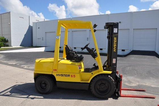Hyster H65XM Gasoline Pneumatic Tire