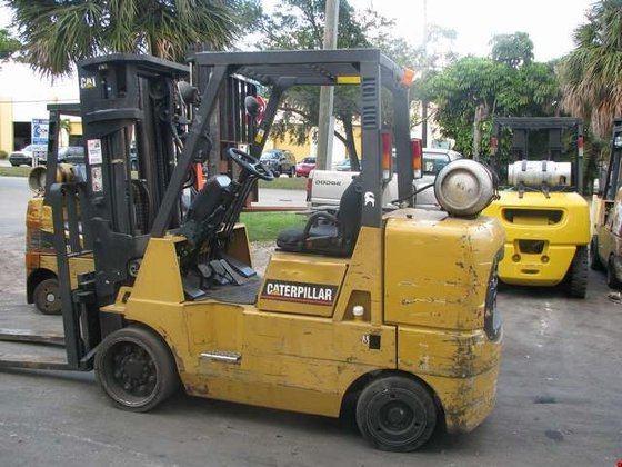 2002 Cat GC40K LP Gas