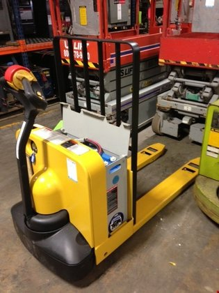 Yale Electric Electric Walkie Pallet