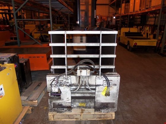 2009 Cascade R25D-CCS-63206 Attachments in