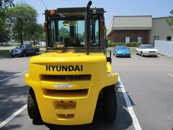 2014 Hyundai 70D-7A Diesel Pneumatic