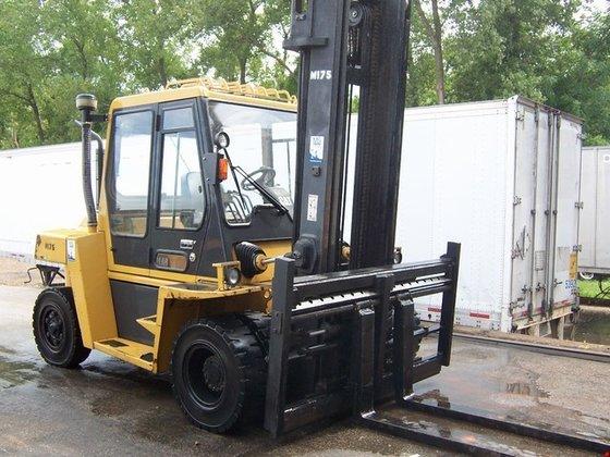 2006 Cat DP70 Diesel Pneumatic