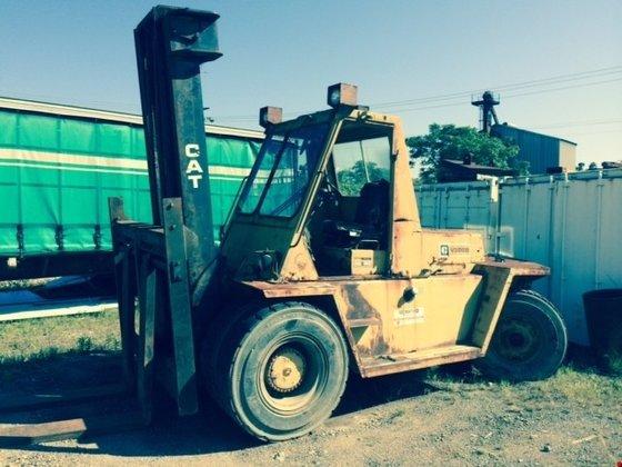 1990 Cat V300 Diesel Pneumatic