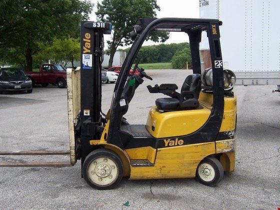 Yale GLC050VXNVSE083 Cushion Tire 4