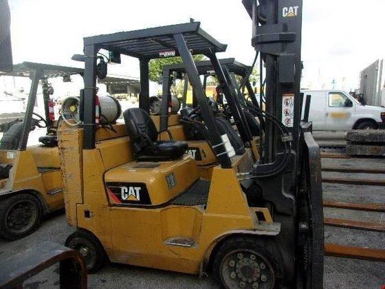2009 Cat GC40K-STR LP Gas
