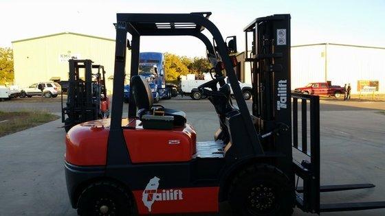 2015 Tailift FD25P Diesel Pneumatic