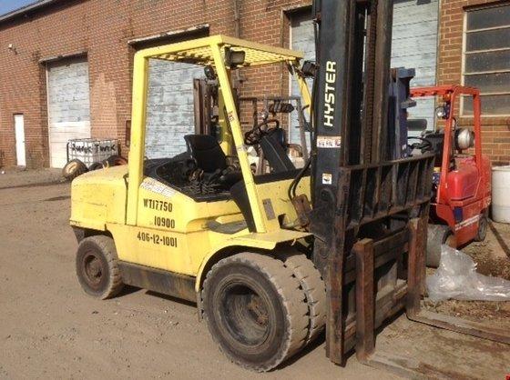 2000 Hyster H120XM Diesel Pneumatic