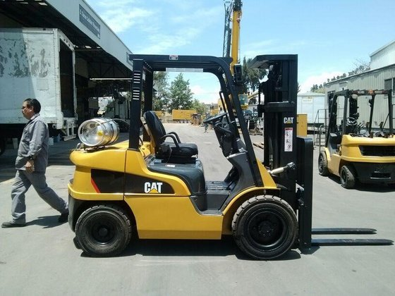 2012 Cat 2P6000 LP Gas