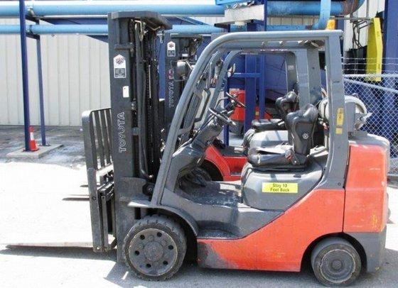 2010 Toyota 8FGCU30 LP Gas