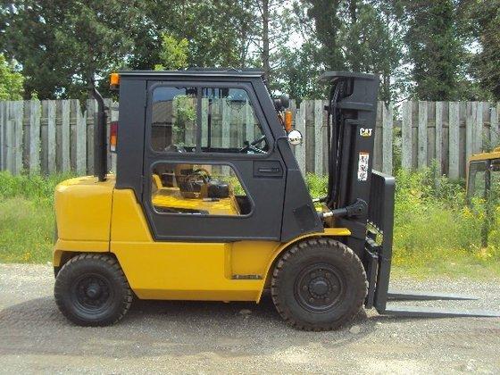 2006 Cat DP40K1 Diesel Pneumatic
