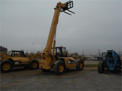 2002 CATERPILLAR TH103 in Madera,