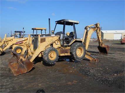 1993 CATERPILLAR 416B in Madera,