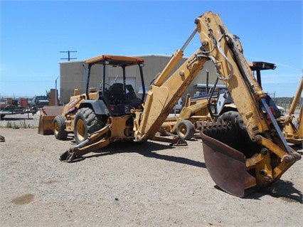 1997 DEERE 710D in Madera,