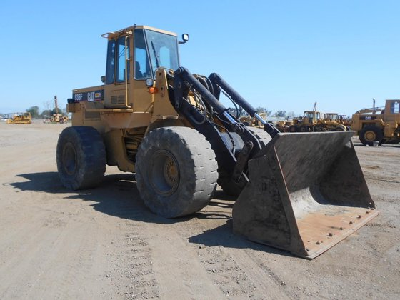 1994 CATERPILLAR 936F in Madera,
