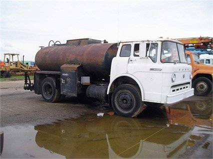 1970 FORD F750 in Madera,