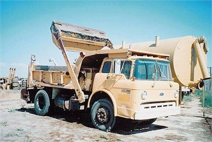 1990 FORD 8000 in Madera,