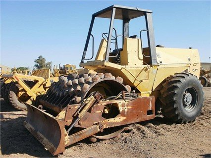 CATERPILLAR CP-553 in Madera, CA