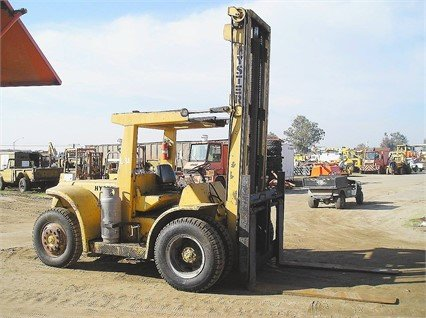 HYSTER H165E in Madera, CA