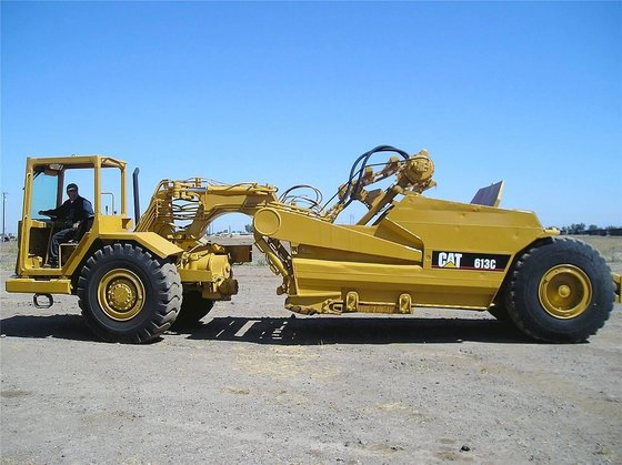 CATERPILLAR 613C in Madera, CA