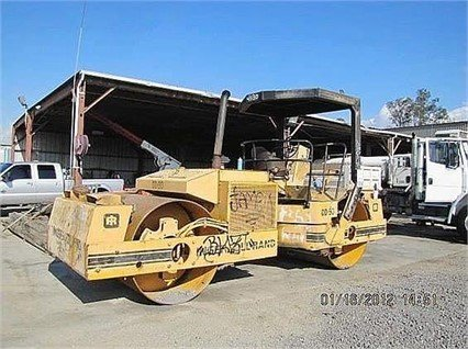 1989 INGERSOLL-RAND DD90 in Madera,