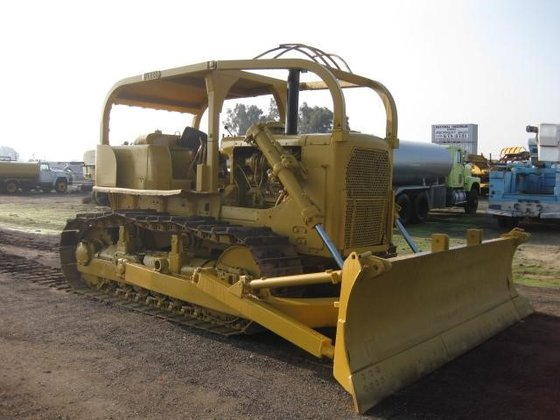 CATERPILLAR D7F in Madera, CA