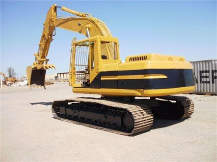 1998 CATERPILLAR 322BL in Madera,