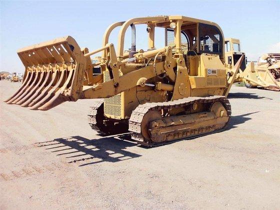CATERPILLAR 955L in Madera, CA