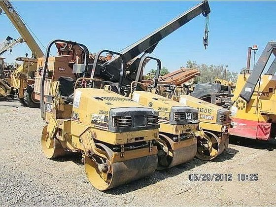 1995 CATERPILLAR CB-214C in Madera,