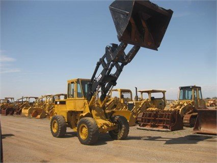 1990 CATERPILLAR IT28B in Madera,
