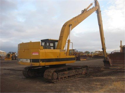 1988 CATERPILLAR E200B in Madera,