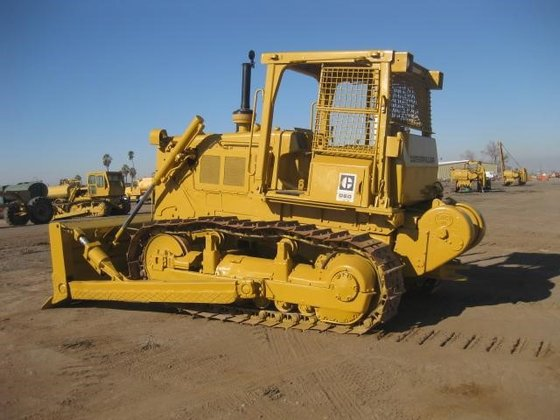 CATERPILLAR D6D in Madera, CA