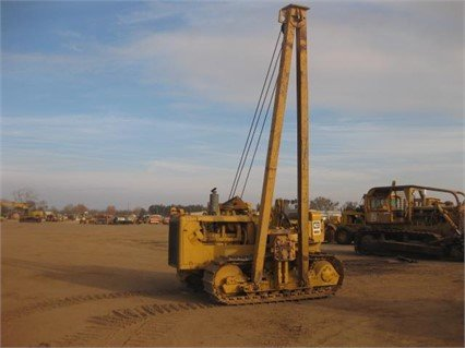1977 CATERPILLAR 561C in Madera,