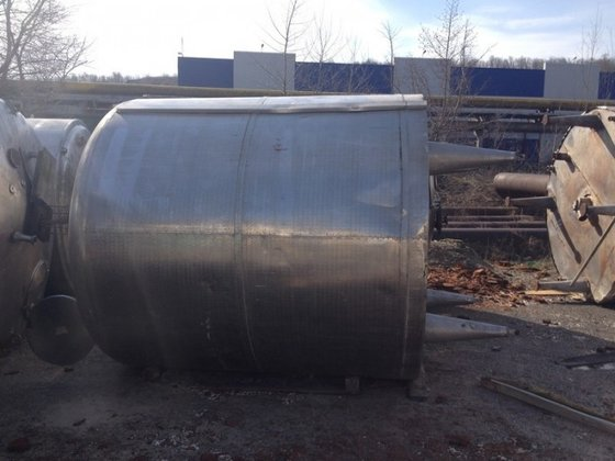 APPROXIMATELY 6,000 LITRE CAPACITY STAINLESS