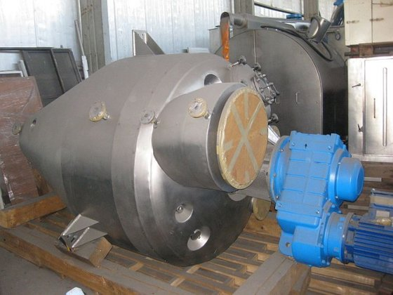 2008 conical vacuum dryer by