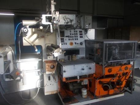 flowpack packaging machine by ROSE